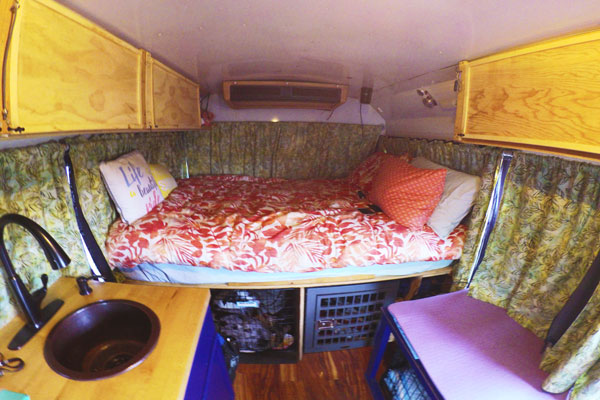 VIDEO - 1996 Ford Diesel Short School Bus Conversion