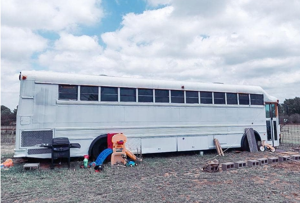 Roaming home roof raise bus conversion